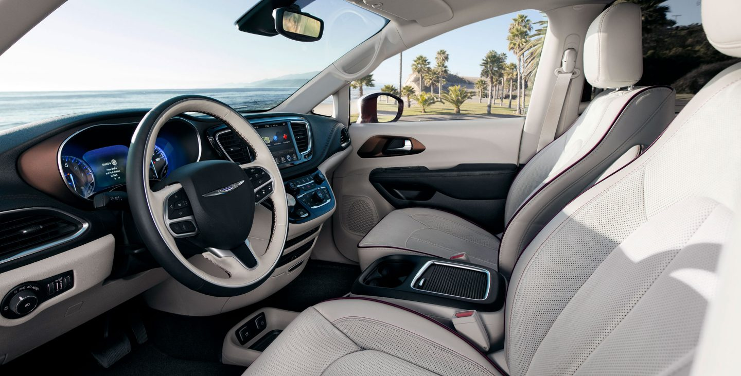 2018 chrysler pacifica touring l capital motor cars llc auto brokers. Black Bedroom Furniture Sets. Home Design Ideas